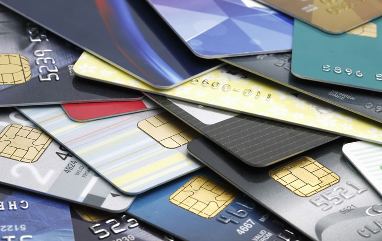 Choosing a credit card with no or bad credit